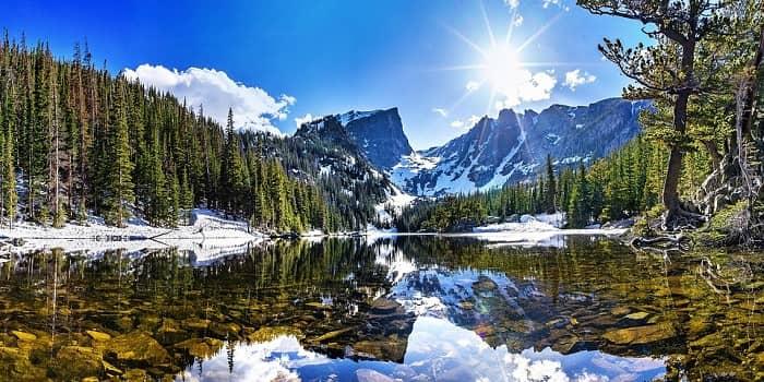 sanje o snegu v gorah