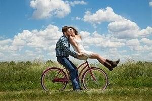 ljubezen je sreča
