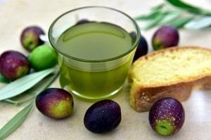 olivno olje in kruh